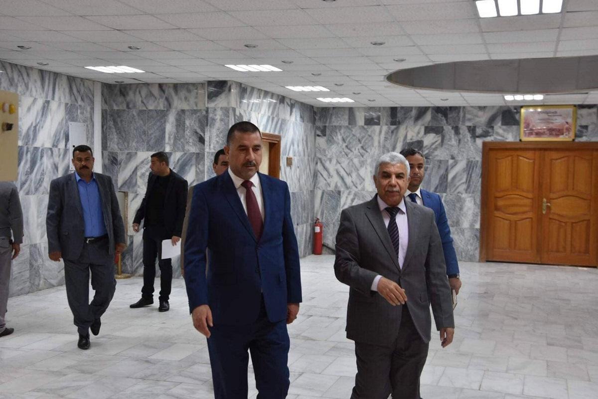 رئيس مجلس المحافظة يزور جامعة القادسية ويؤكد على انها صرحا علميا كبيرا وشريكاً فاعلا في اتخاذ القرارات