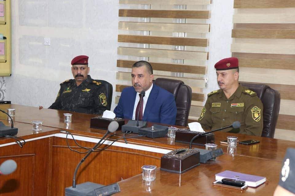 رئيس مجلس المحافظة يزور قيادة شرطة الديوانية ويشيد بدورهم المتميز