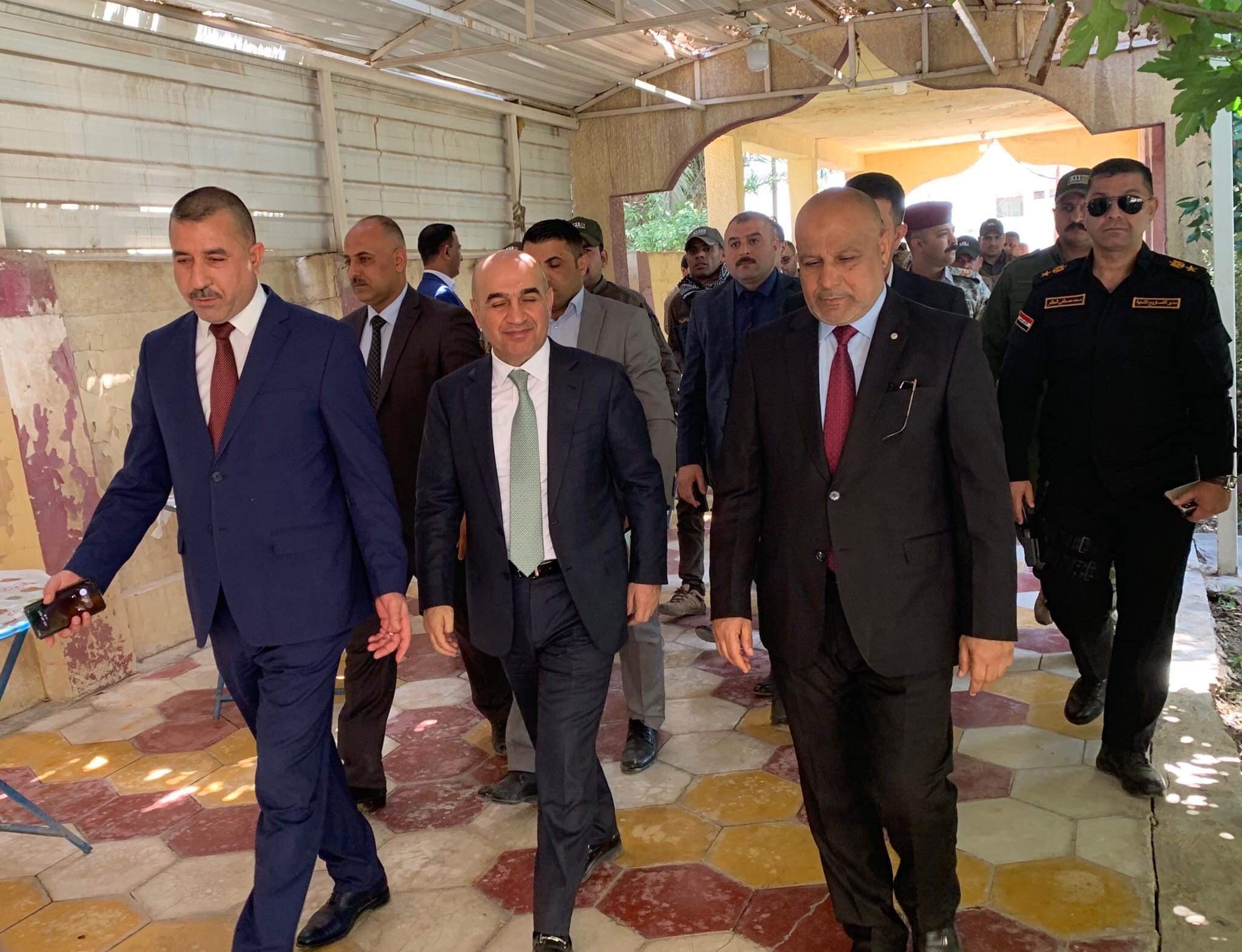 رئيس مجلس المحافظة يستقبل وزير الاعمار والاسكان والبلديات العامة والوفد المرافق له