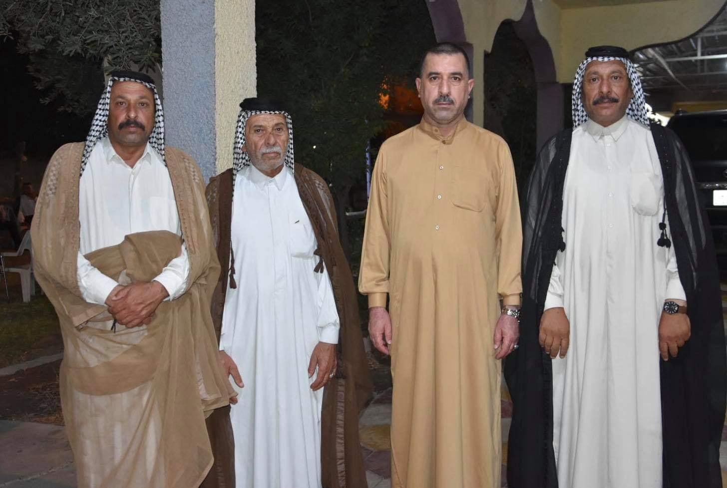 رئيس مجلس المحافظة يستقبل عدد من المواطنين في منزله